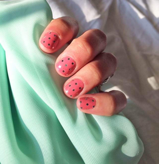MANICure Monday!  Icy Rose Polka